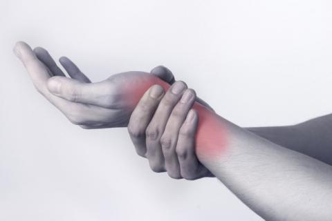 Les douleurs d'arthrose: L'ostéopathie comme solution naturelle pour soulager durablement vos maux.